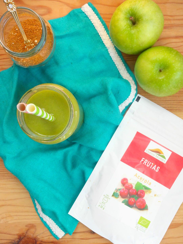 Smoothie de maçã, Farelo de Quinoa e Acerola Outros Montes