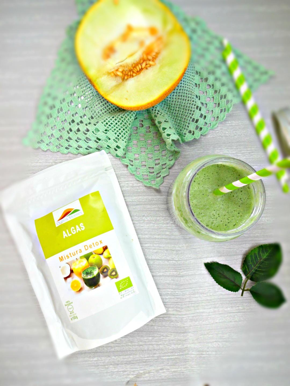 Batido Detox de Meloa, Espinafres e Mistura Detox Outros Montes