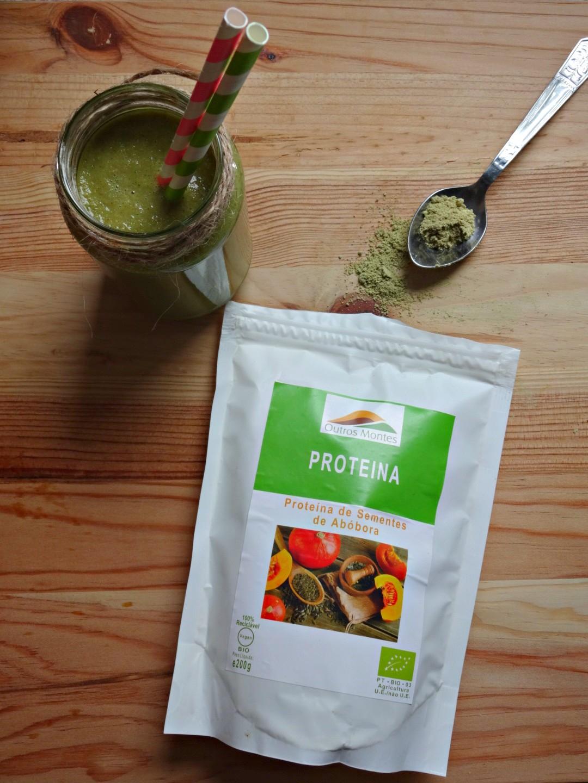 Smoothie proteico de maçã, espinafres e Proteína de Sementes de Abóbora Outros Montes