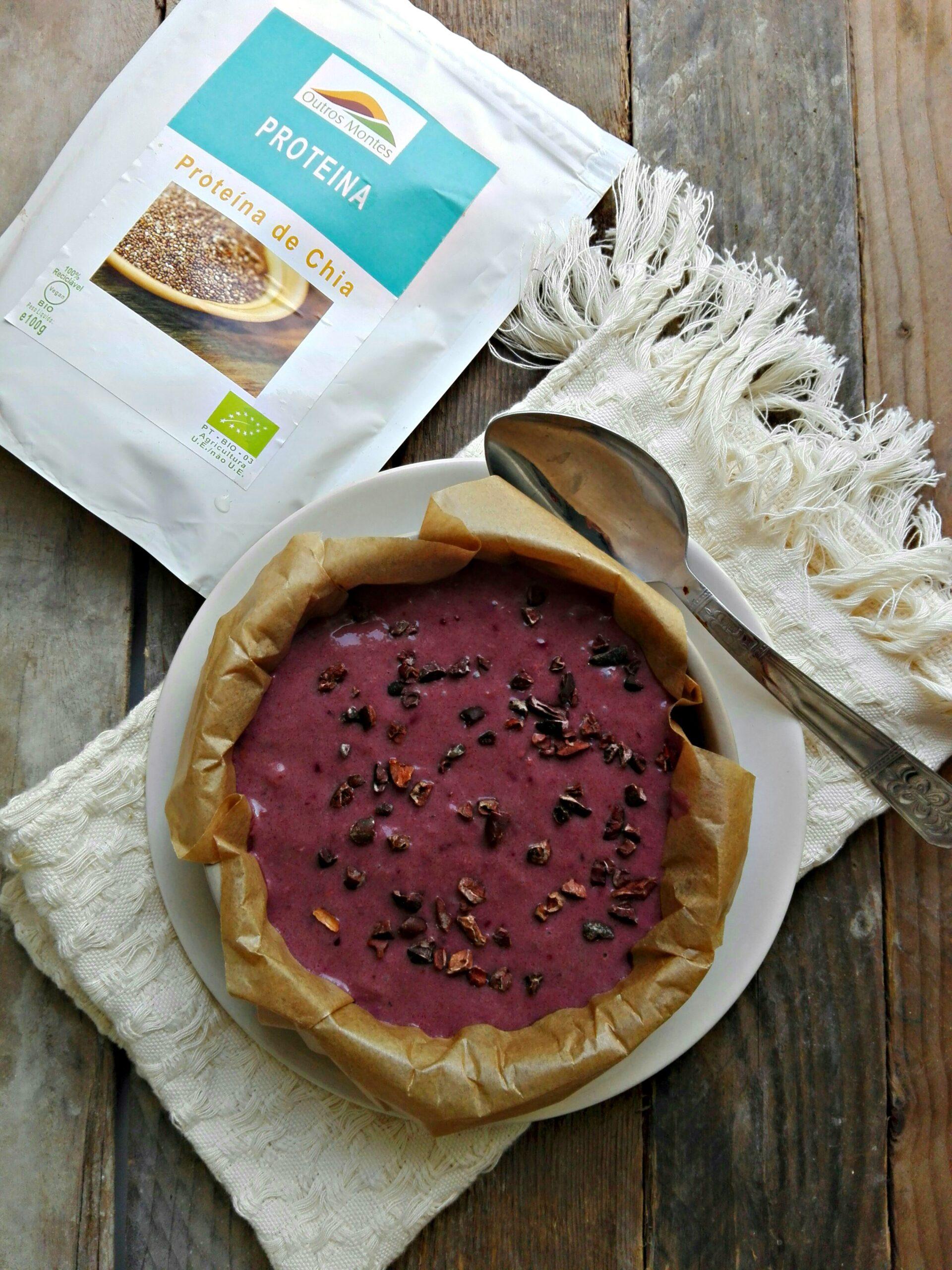 Cheesecake de banana, frutos vermelhos e Proteína de Chia Outros Montes
