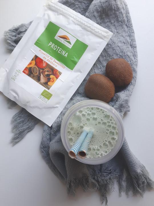 Batido de kiwi, banana e Proteína de Sementes de Abóbora Outros Montes